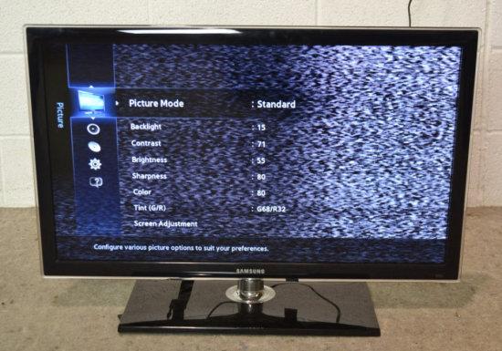 "Samsung HDMI 32"" Diagonal LED LCD TV, Works"